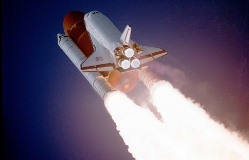 Atlantis_taking_off_on_STS-27